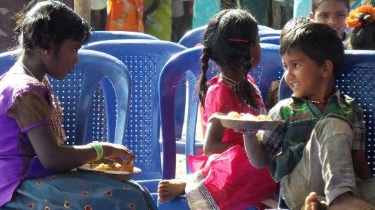 Children in Kolli Hills enjoy eating millets. Credit: Bioversity International/ G. Meldrum